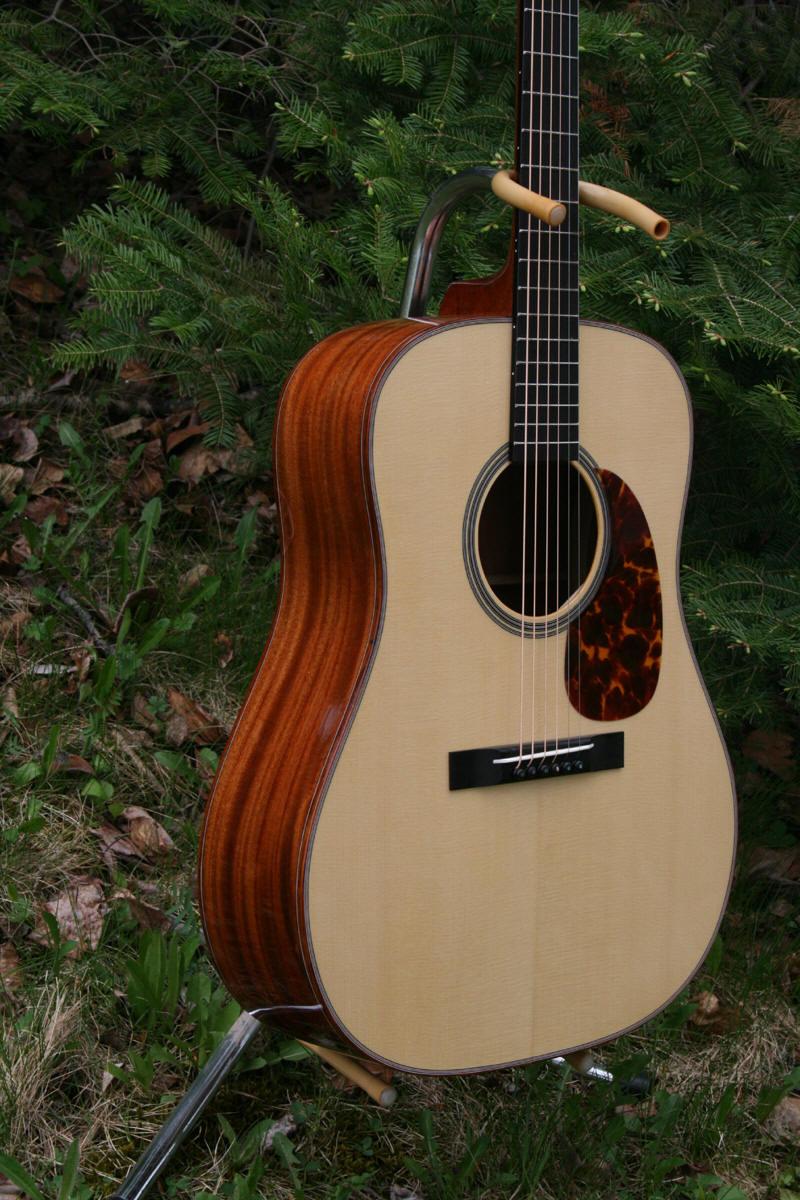 IMG_1332-Guitar-Luthier-LuthierDB-Image-2