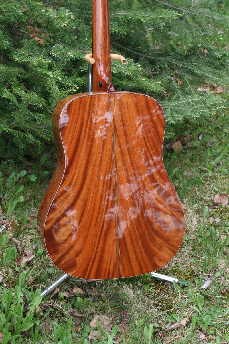 IMG_1334-Guitar-Luthier-LuthierDB-Image-9