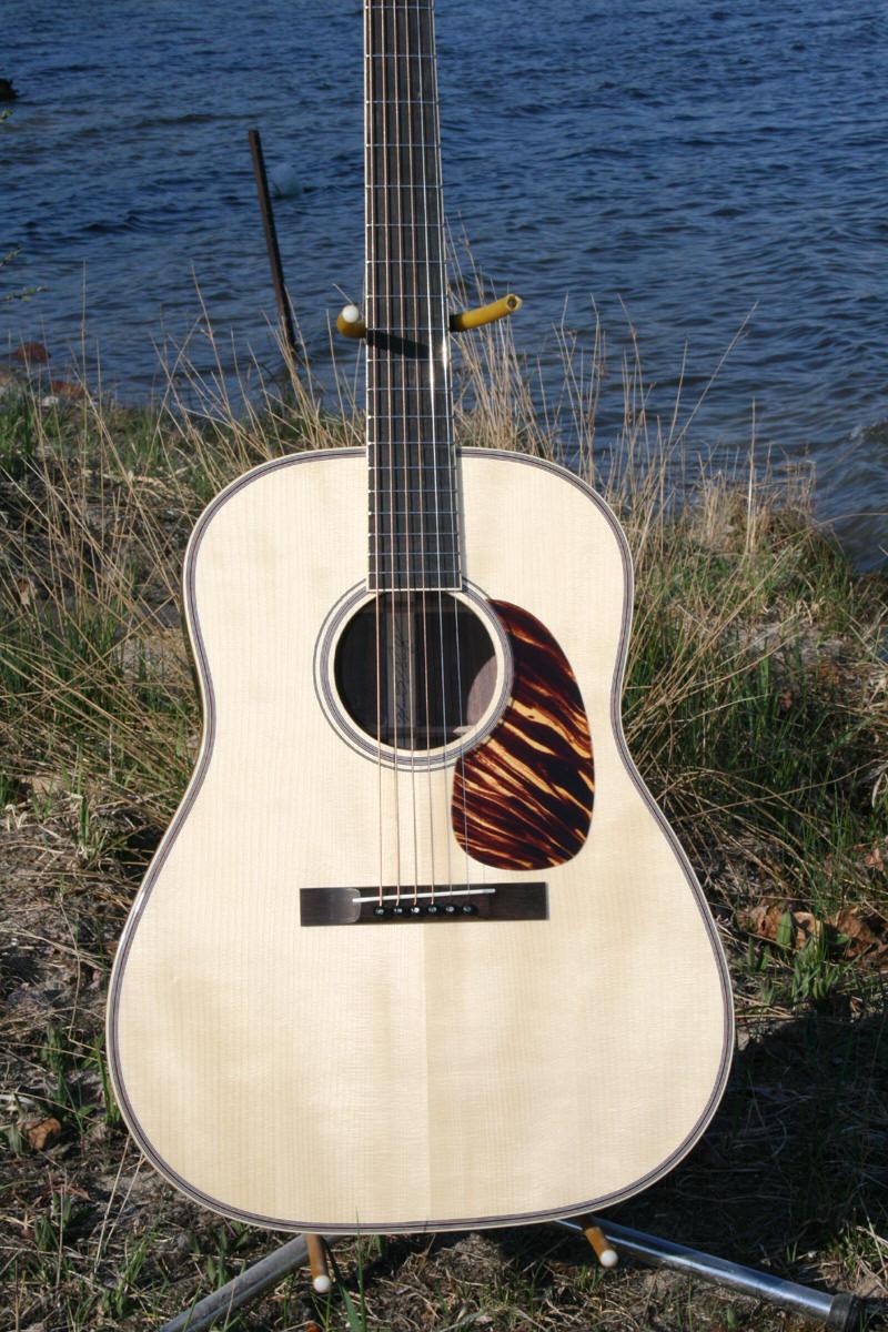 IMG_1223-Guitar-Luthier-LuthierDB-Image-15